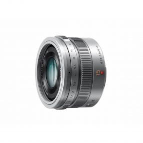 Panasonic Leica 15mm f/1.7 – Hopea
