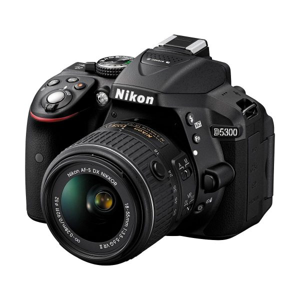 Nikon D5300 + 18-55 VR II