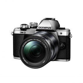Olympus OM-D E-M10 mark II Hopea + M.Zuiko 14-150 Musta