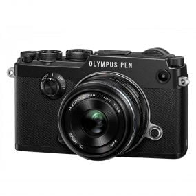 Olympus Pen-F runko musta + 17mm 1.8 musta