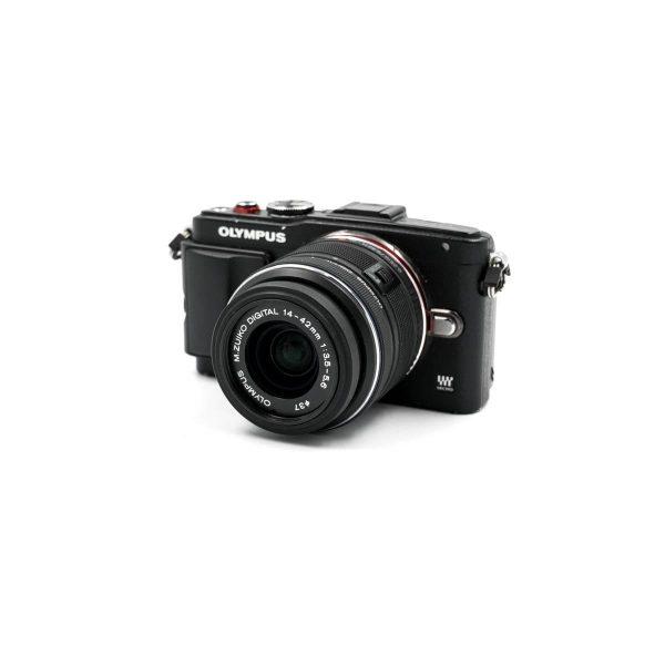 Nikon D7000 (shuttercount 20000) – Käytetty