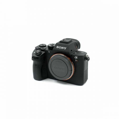 Sony a7r II (Shuttercoun 2290 / Kunto K5) – Käytetty