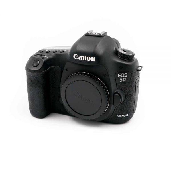 Canon 5D Mark III (Shuttercount 2000) - Käytetty