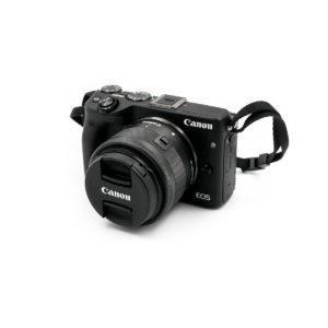 Canon EOS M3 +EF-M 15-45mm f/3.5-6.3 IS STM (Kunto K5) - Käytetty