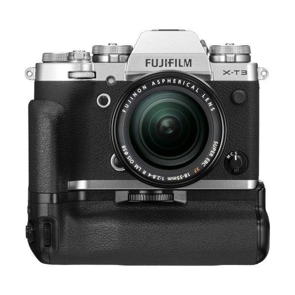 Fujifilm X-T3 + Fujinon 18-55mm f/2.8-4 OIS + VG-XT3 - Musta