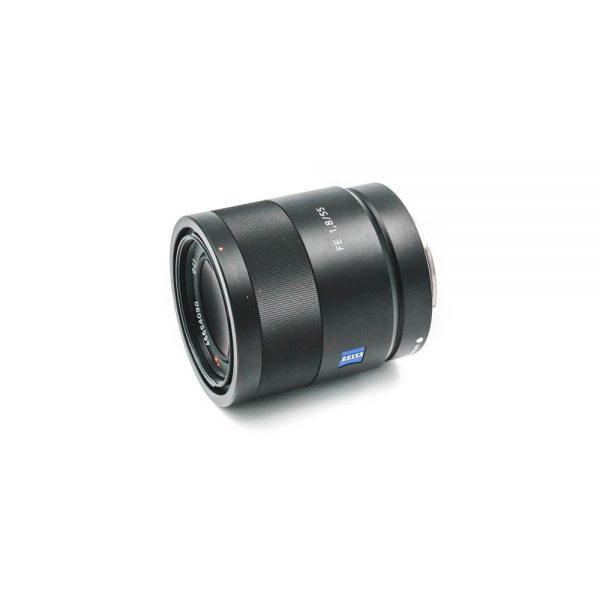 Sony FE Sonnar T* 55mm f/1.8 ZA - Käytetty
