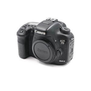 Canon 7D Mark II (Shuttercount 75000) - Käytetty