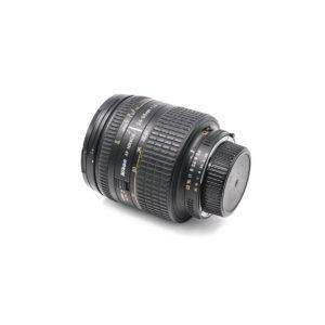 Nikon AF Nikkor 24-85mm f/2.8-4 D - Käytetty