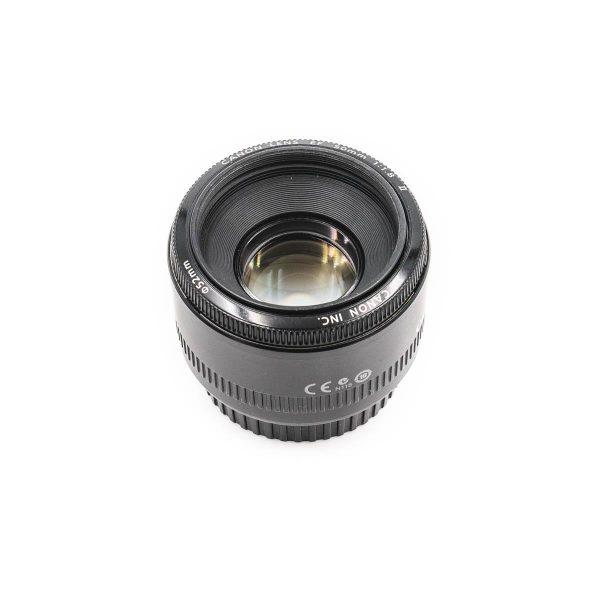 Canon EF 50mm f/1.8 - Käytetty