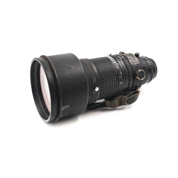 Nikon AF Nikkor 300mm f/2.8 - Käytetty