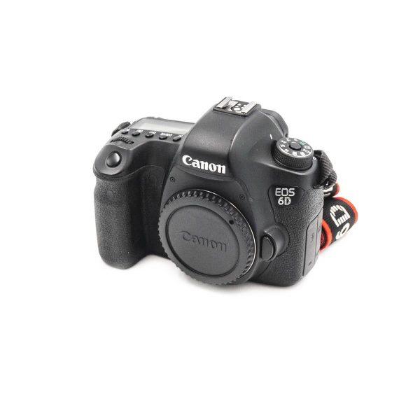 Canon 6D (Shuttercount 77000) - Käytetty