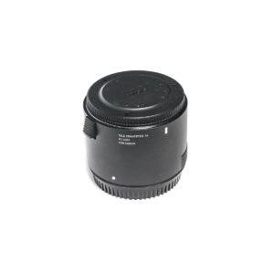 Sigma TC-2001 2x Canon (Demolaite, Takuuta 58kk, Kunto K5, sis. ALV 24%) - Käytetty