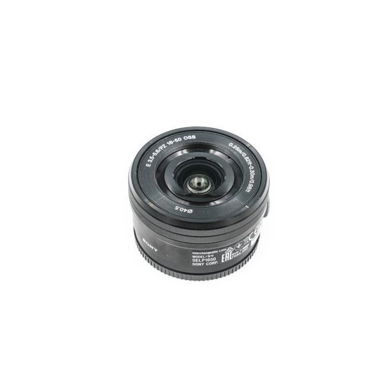 Sony 16-50mm f/4 f/3.5-5.6 OSS - Käytetty