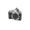 Nikon Df + Gariz puolikotelo (Shuttercount 7000) – Käytetty