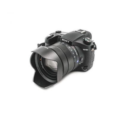 Sony RX10 IV (Takuuta 15kk) - Käytetty