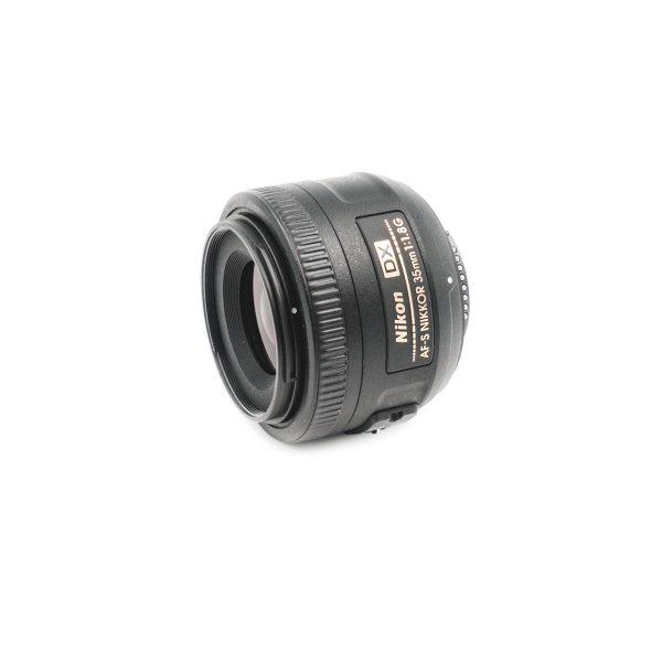 nikon 35mm 1.8 dx 2