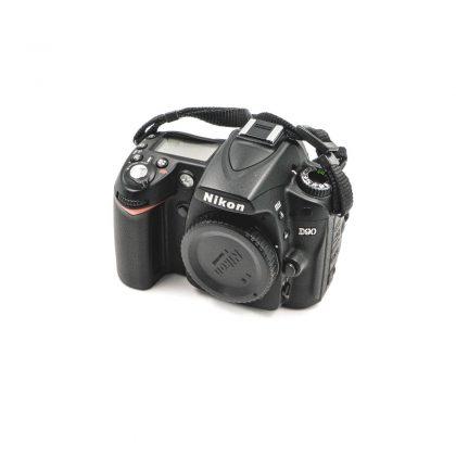 Nikon D90 - Käytetty