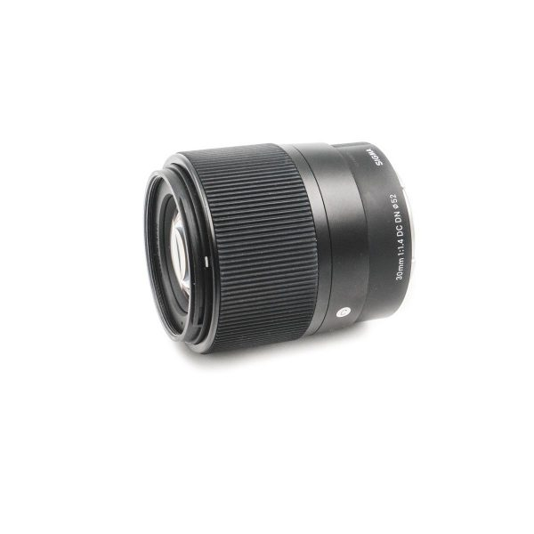 sigma 30mm 1.4 dc dn 2