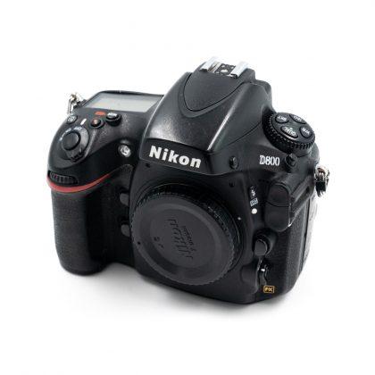Nikon D800 (Shuttercount 20000) - Käytetty