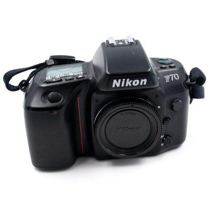 Nikon F70 - Käytetty