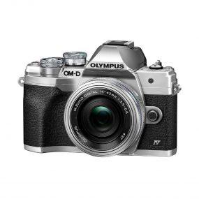 Olympus OM-D E-M10 Mark IV + M.Zuiko Digital ED 14-42mm f/3.5-5.6 EZ – hopea
