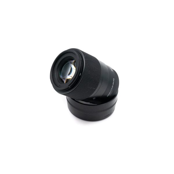 sigma 30mm 2 1