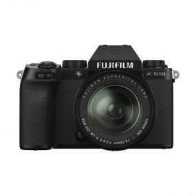 Fujifilm X-S10 + XF 18-55mm f/2.8 – 4 OIS
