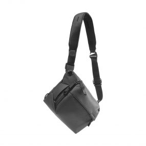 Peak Design Everyday Sling v2 6L Musta