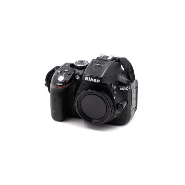 Nikon D5300 (Shuttercount 10400) – Käytetty