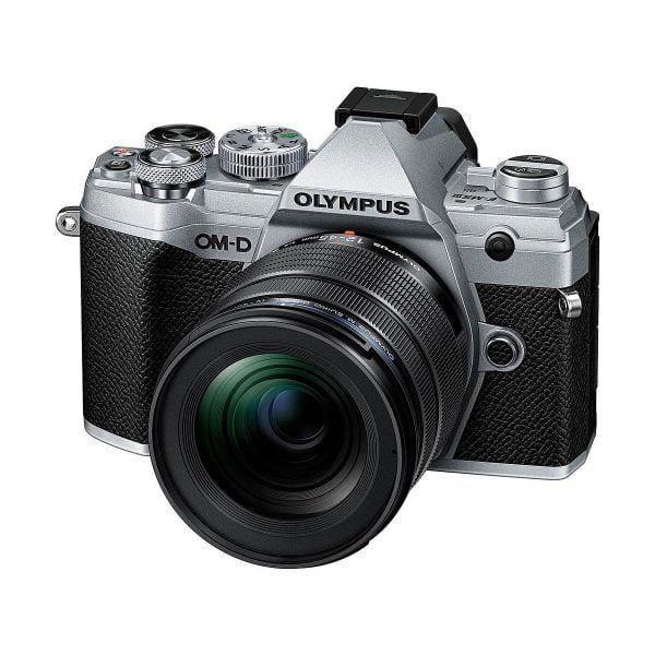 Olympus OM-D E-M5 MK III + Olympus 12-45mm f/4 Pro