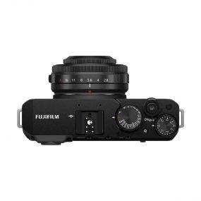 Fujifilm X-E4 + Fujinon 27mm f/2.8 WR – Musta