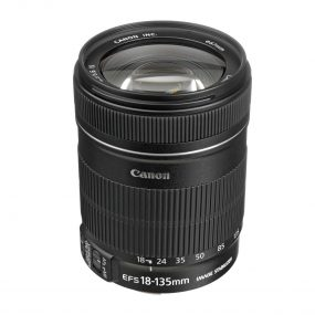 Canon EF-S 18-135mm f/3.5 – 5.6 IS USM